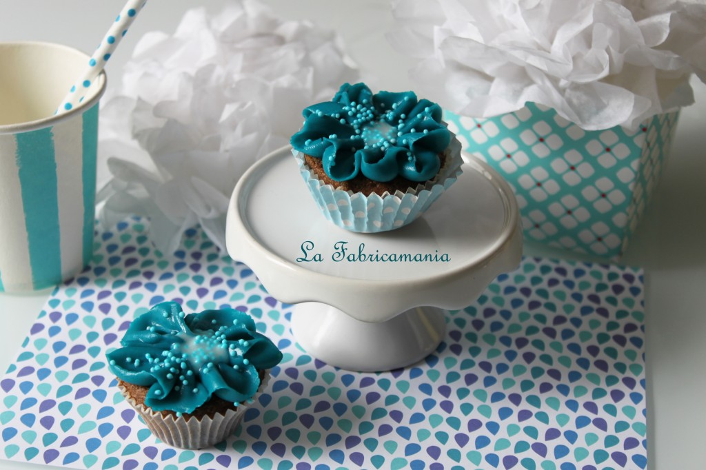 cours-cupcake-designer-bordeaux-lafabricamania-sweet-table2