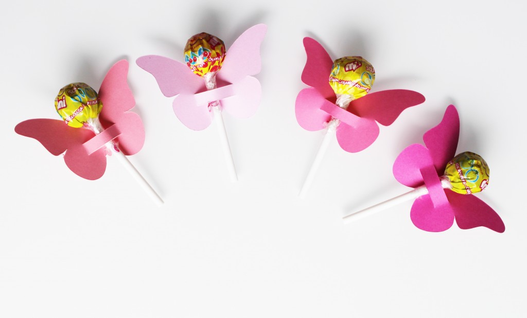 papillons-sucettes-roses
