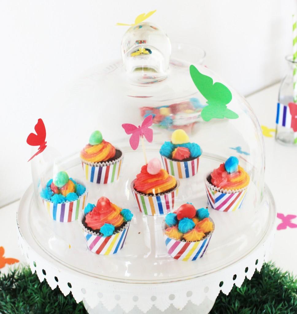 arc-en-ciel-cupcakes-wrappers-papillons