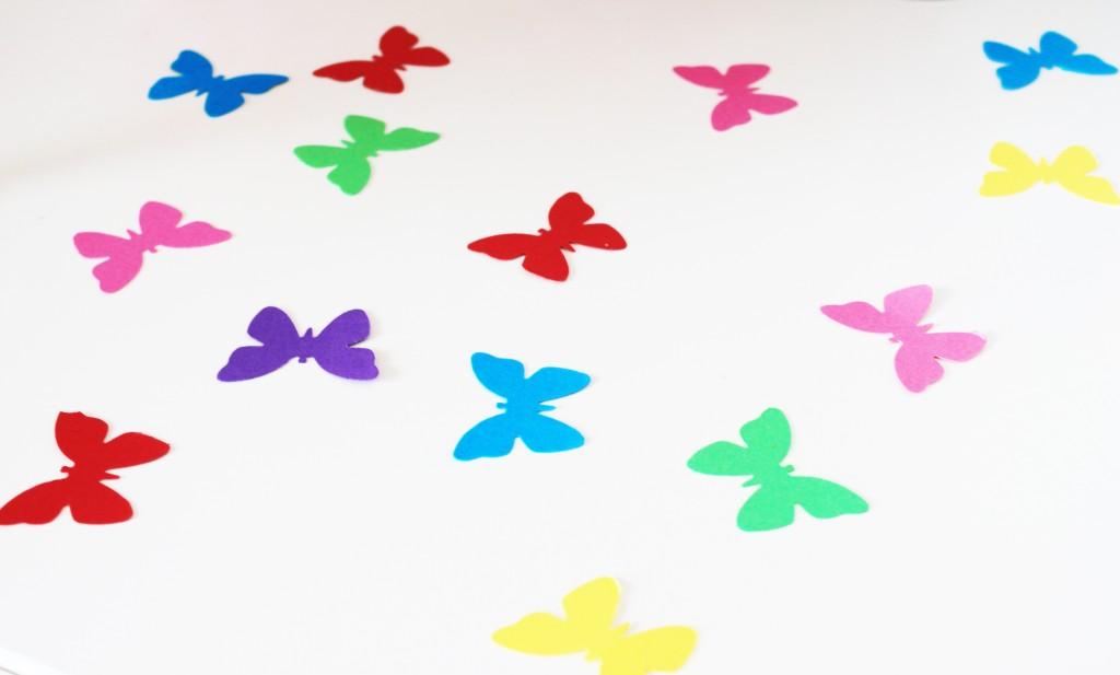 arc-en-ciel-papillon-confettis